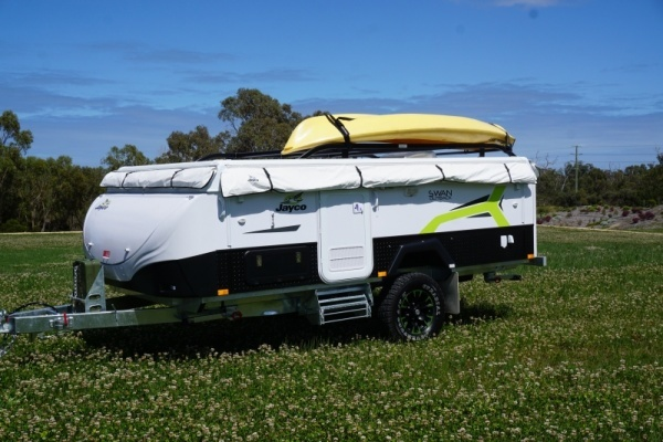 roof-rails-for-your-surf-boards-or-canoes